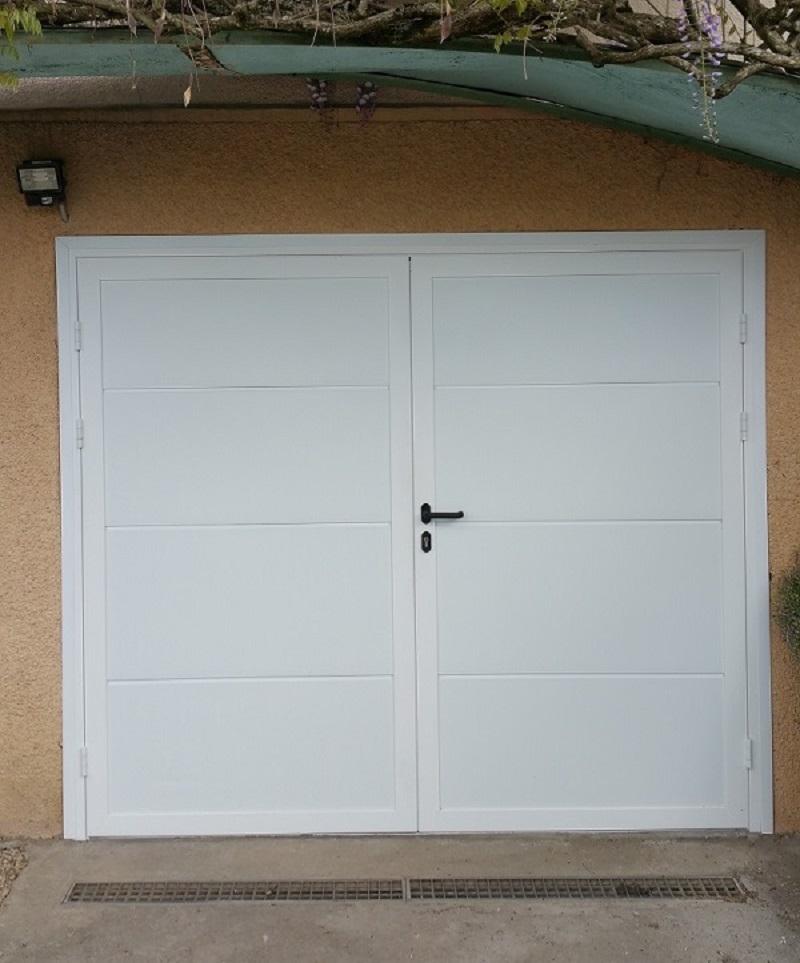 Porte garage pvc 1